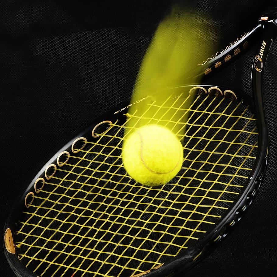 Control tennis racquets