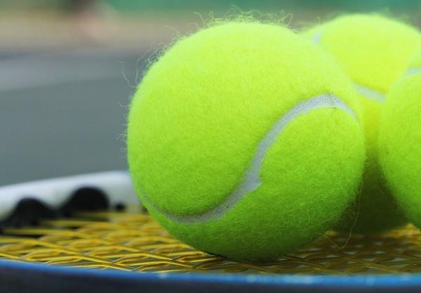 Tennis balls history